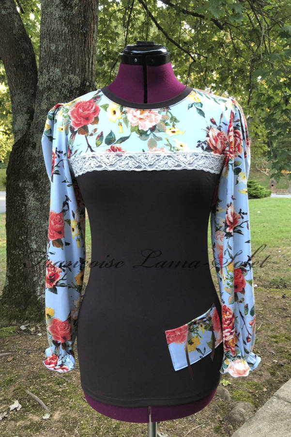 Women's long puff sleeve t-shirt blouse handmade with chocolate brown cotton lycra jersey and a floral blue salmon jersey – Fall Blossom