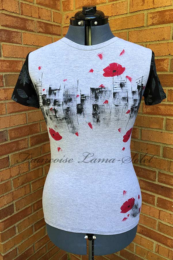 Women's artsy black and grey short sleeve fitted cotton t-shirt hand painted with modern urban skyline, red poppies and daisies – Poppies City
