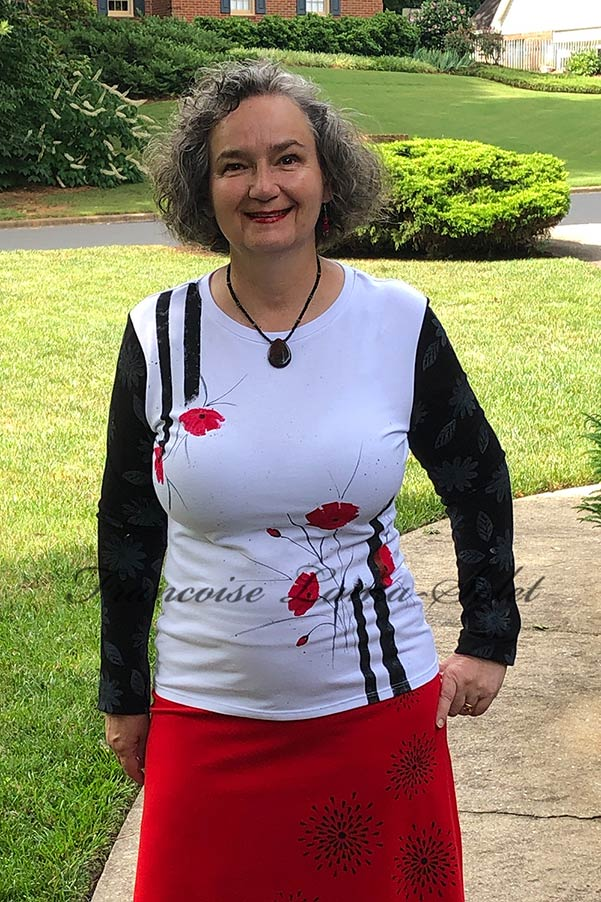 Art to wear black and white long sleeve cotton jersey t-shirt hand painted with red poppies and block printed with white daisies – Poppies and Daisies