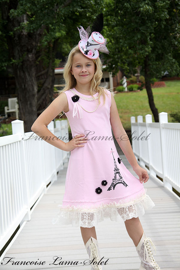 Girl's unique Paris Eiffel Tower pink and black lace trimmed jersey dress Paris Vintage